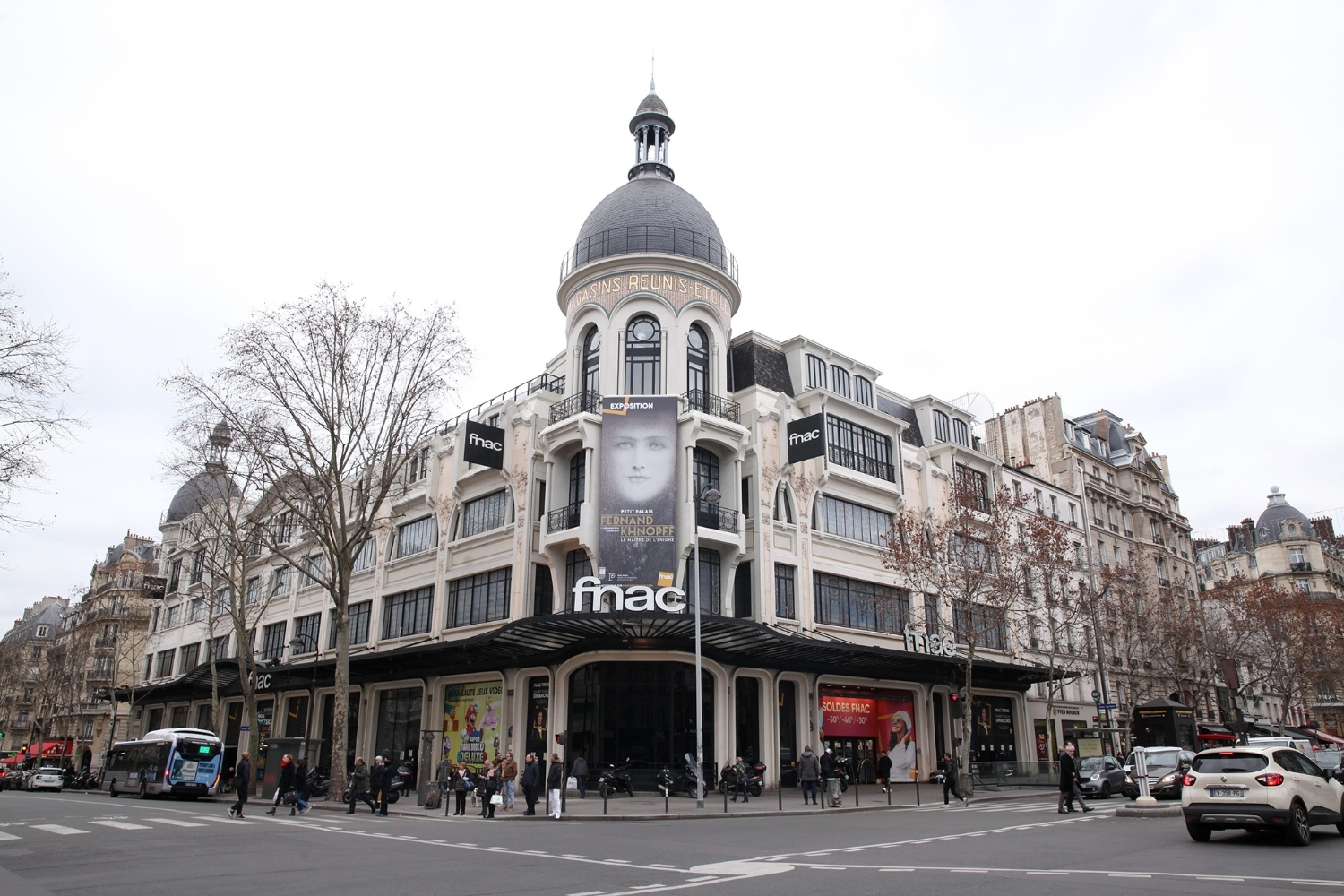 The Fnac des Ternes building is part of the property concerned by the dispute.