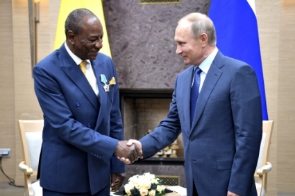 Alpha Conde, visiting Vladimir Putin in 2017 here, urges Somaliland to develop ties with Moscow.