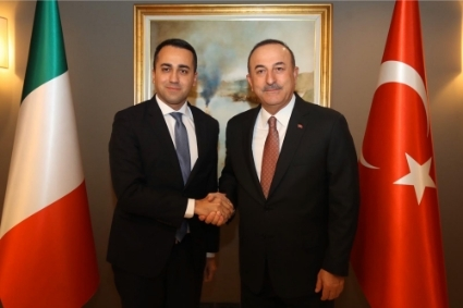 Luigi Di Maio (left) and Mevlüt Çavusoglu, respectively Foreign Ministers of Italy and Turkey.