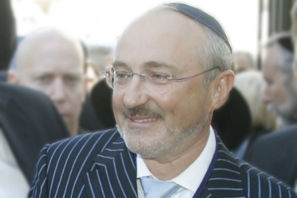 Estonian oligarch Aleksandr Bronstein, head of Solway Mining, is heavily involved in the international Jewish community.