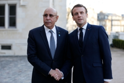 Mohamed Ould Ghazouani and Emmanuel Macron in January 2020.