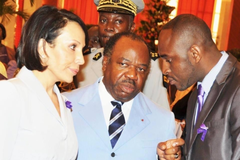 Gabonese lawyer Vivien Amos Péa (right) with Sylvia and Ali Bongo.